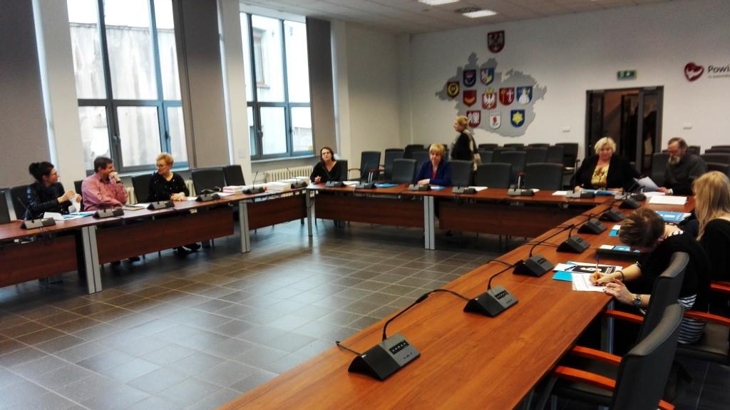 Zdjęcie sali sesyjnej podczas sesji dialogowej